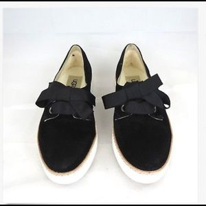 UGGS Carilyn Suede Ribbon Lace up Flats